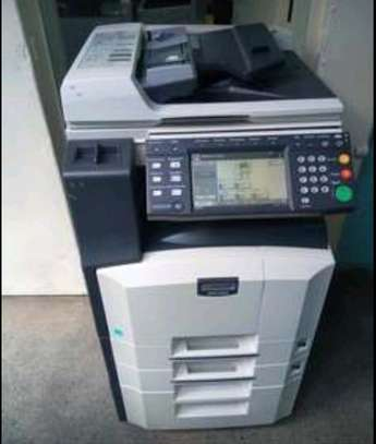 Reliable kyocera km 2560 durable photocopier machine image 1