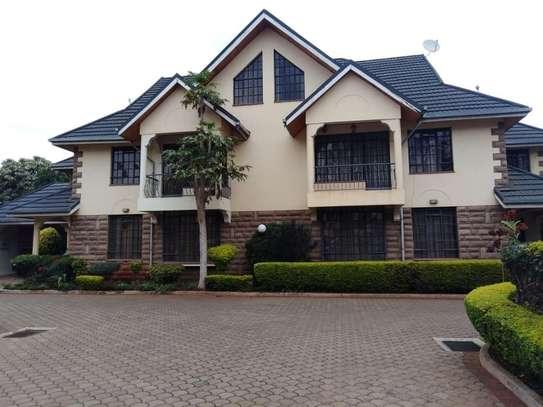 5 bedroom house for rent in Kileleshwa image 5