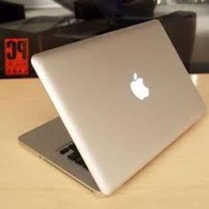 MacBook Core i5 image 1