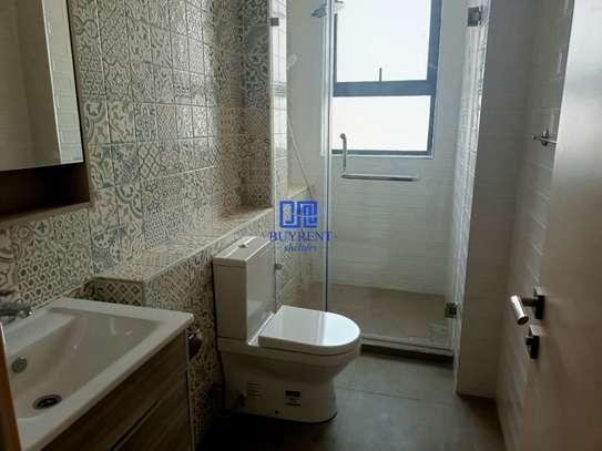 4 bedroom apartment for rent in Parklands image 12