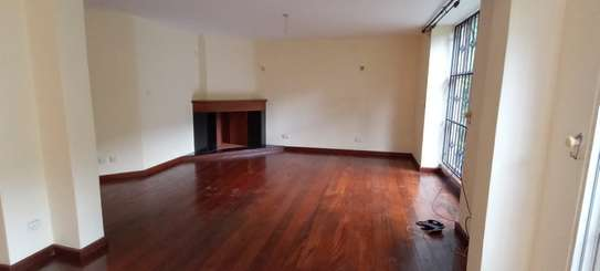 5 bedroom townhouse for rent in Brookside image 2