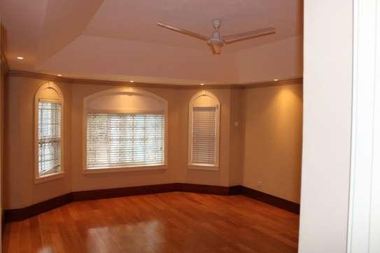 4 bedroom villa for rent in Kitisuru image 11