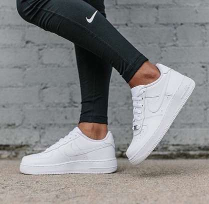 Airforce Low Cut Sneakers