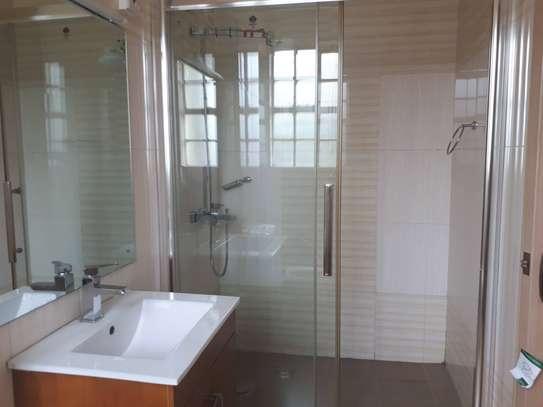 3 bedroom apartment + DSQ for rent in Kileleshwa image 10