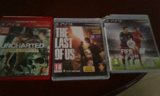 Ps3 with fifa ,uncharted and the last of us
