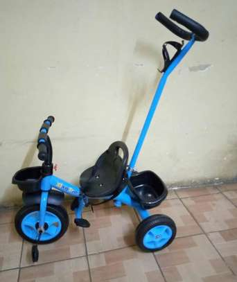 Adjustable Tricycles with handle and seat belt image 3