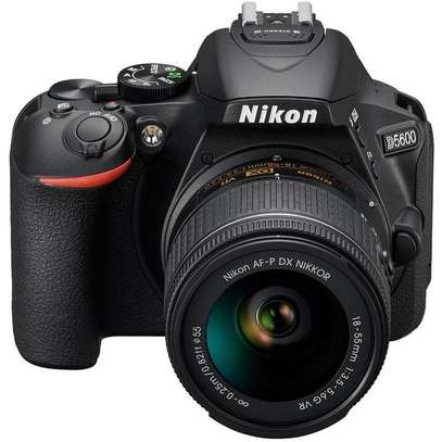 Nikon D5600 Camera With 18-55mm Lens - Free Lens Cap and 32GB SD Card image 3