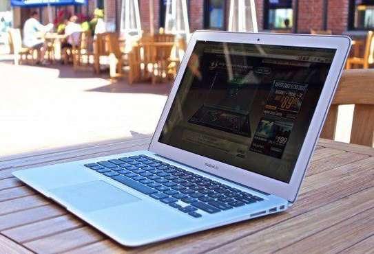 Classy MacBook Air 2016 image 3