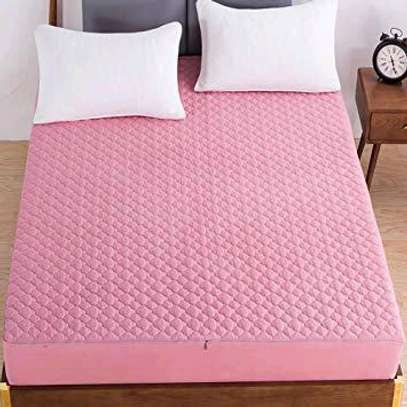 MATTRESS COVER image 4