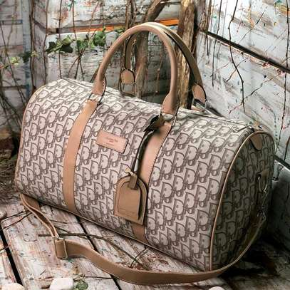 ITEM: *_Leather Duffle Bags._*???? image 4