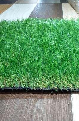 Indoor/Outdoor Artificial Grass Turf Area Rug image 9