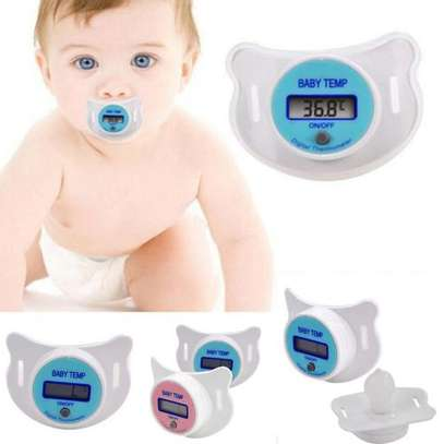 Portable Digital LCD Baby Pacifier Thermometer image 3