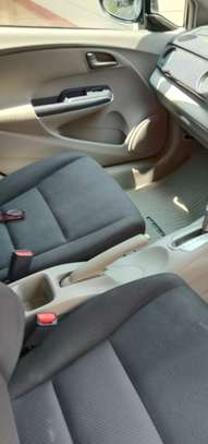 Honda insight hybrid on sale image 10