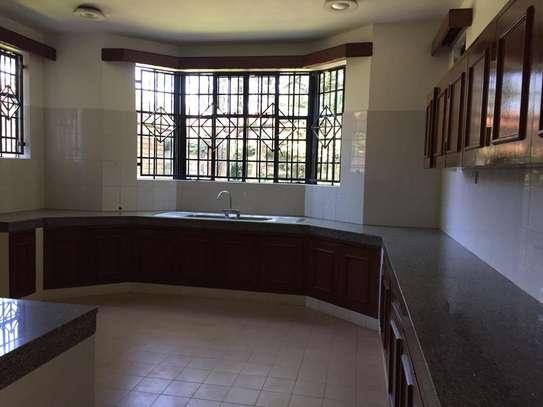 4 bedroom apartment for rent in Runda image 13