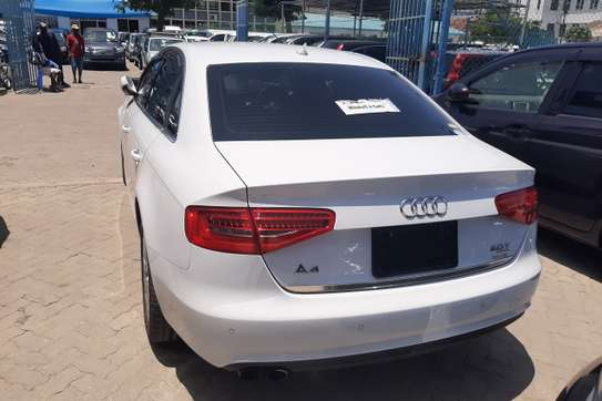 Audi A4 image 9