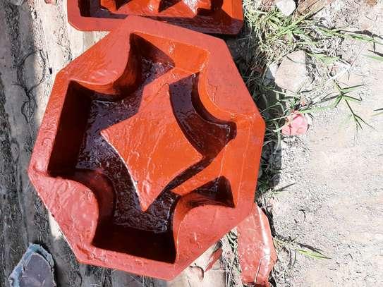 Louvers moulds image 1