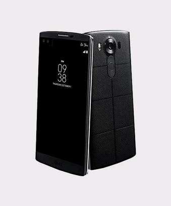 LG V10 – 16MP – 4GM RAM – 64GB image 1