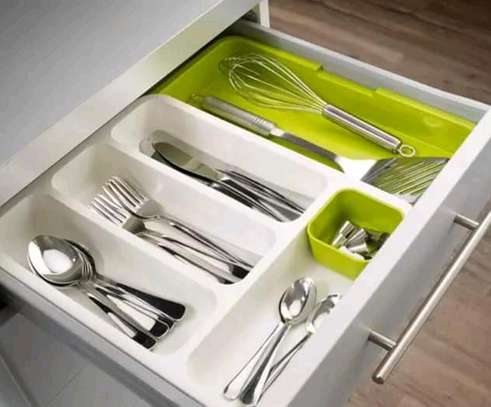 Expandable cutlery tray/drawer store expandable cutlery tray image 1