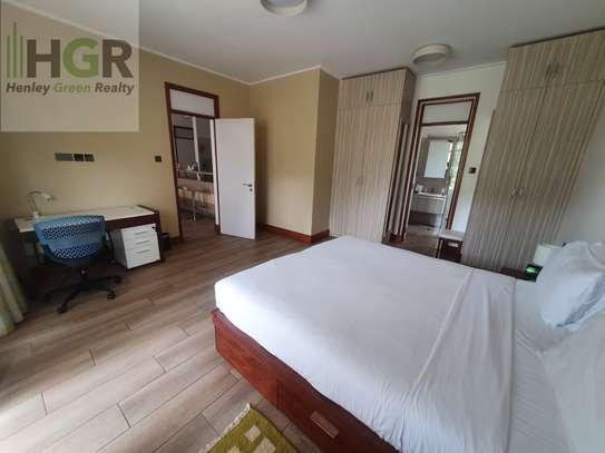 Furnished 2 bedroom apartment for rent in Riverside image 4