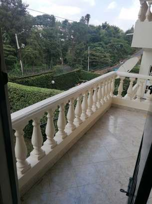 6 bedroom townhouse for rent in Lavington image 3
