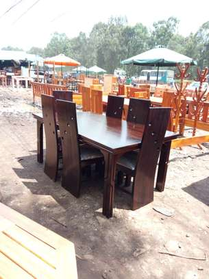 6 Seater Dinning Table With Cushioned Seats image 1