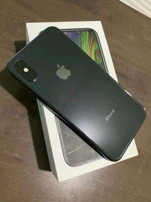 Apple Iphone xs 512 Gigabytes Black And Olliclips Professionally Photography Lens image 1