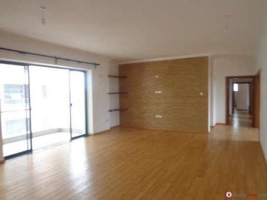 Riverside - Flat & Apartment image 11
