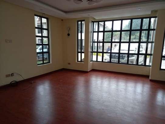 4 bedroom villa for rent in Lavington image 1
