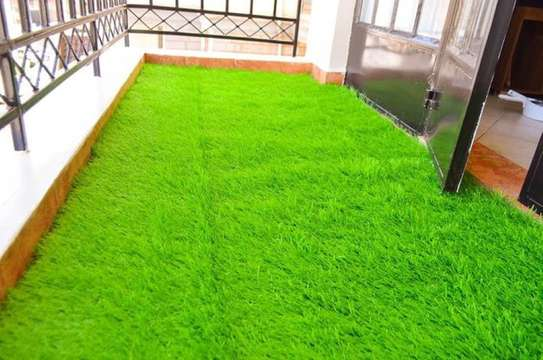 grass carpet at reasonable price image 6