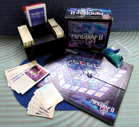 MIND TRAP II GAME Age 12 To Adult! FOR YOUNG ADULTS IN YOUR FAMILY THAT STILL LIKE TO PLAY GAMES!!