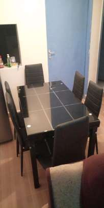 Dining table (034)