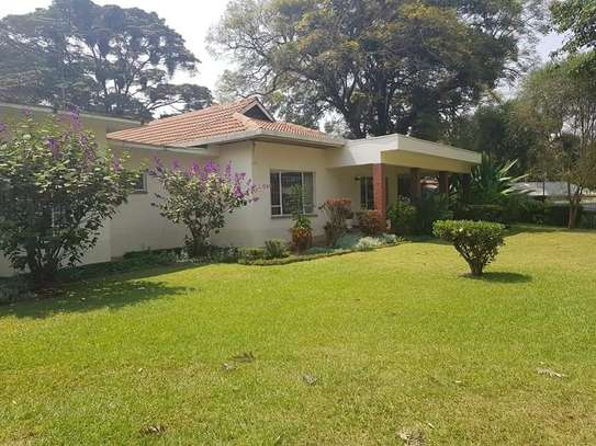 4 bedroom house for rent in Old Muthaiga image 1