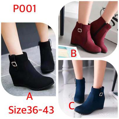 Ladies ankle length velvet boots image 1