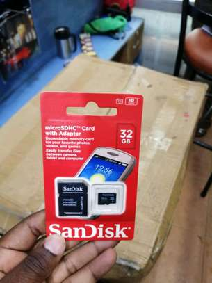 32 GB memory cards image 1