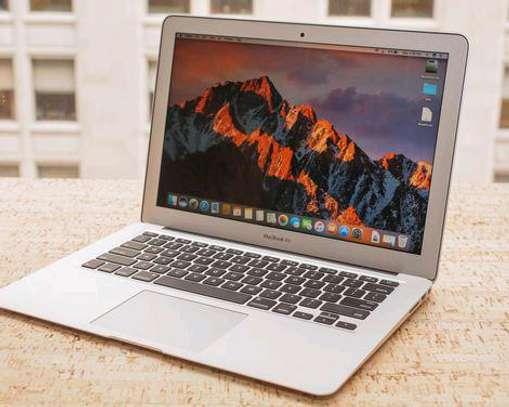 Apple MacBook Air 7 2 (13-inch, 2017) core i7 LAPTOP image 3