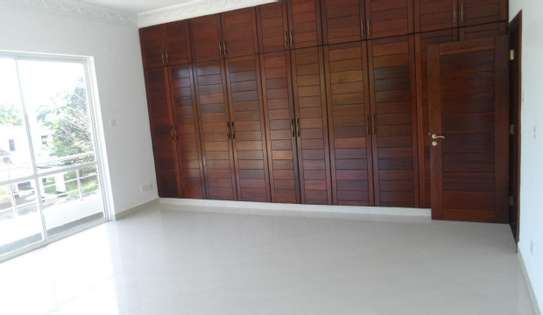 Modern 3br apartments for rent in Nyali near Mombasa Academy ID 2350 image 10