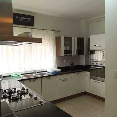 2 bedroom apartment for rent in Kileleshwa image 2