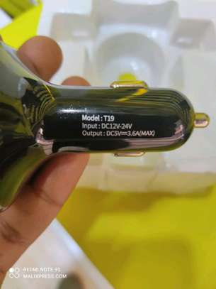 car charger image 4
