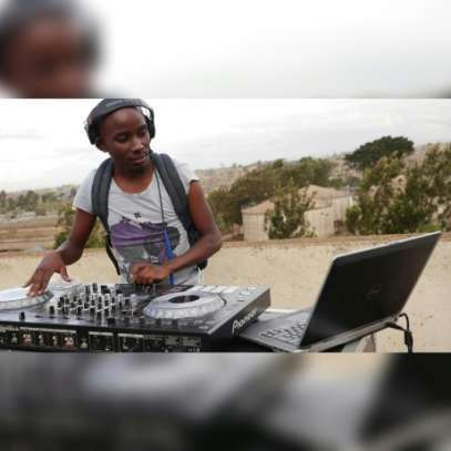 Deejays and Sound (Event management)