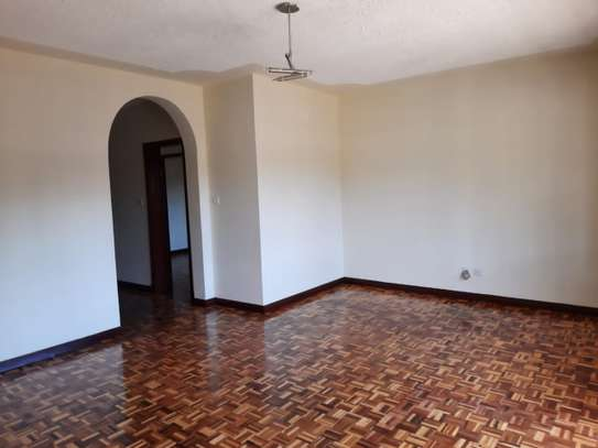 Lovely 3 Bedrooms House To Let in Kileleshwa image 4