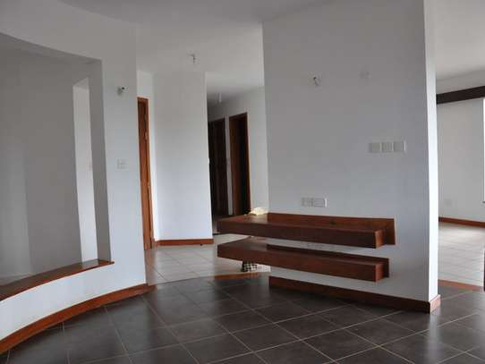 Parklands - Flat & Apartment image 12