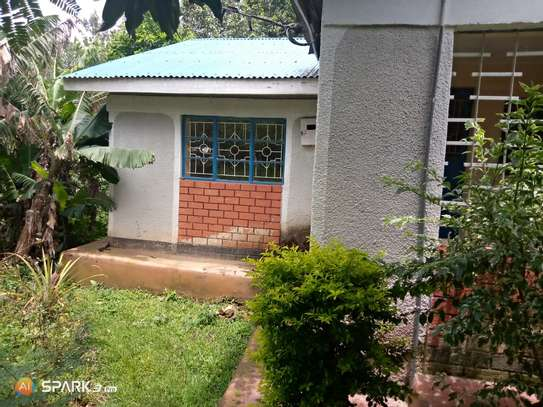 House for sale image 10