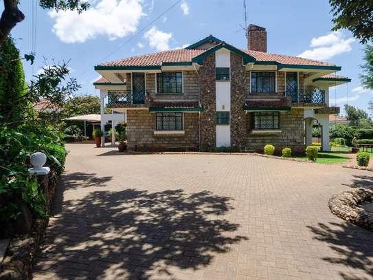 Runda - House image 2