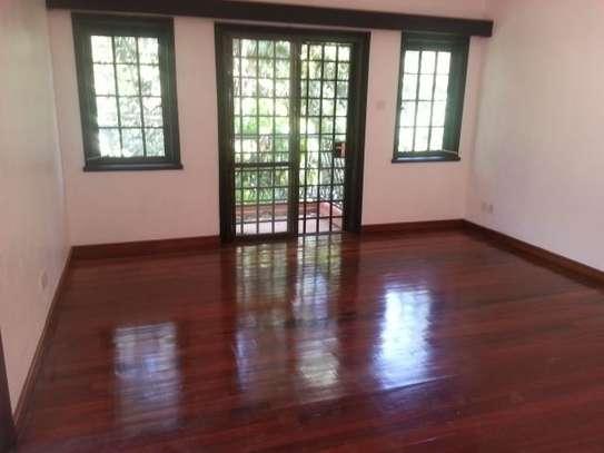 4 bedroom house for rent in Riverside image 13