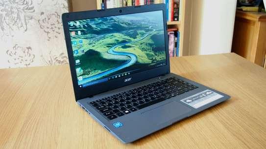 Slim laptop Acer Aspire Core i5  6th Gen, one year warranty image 1