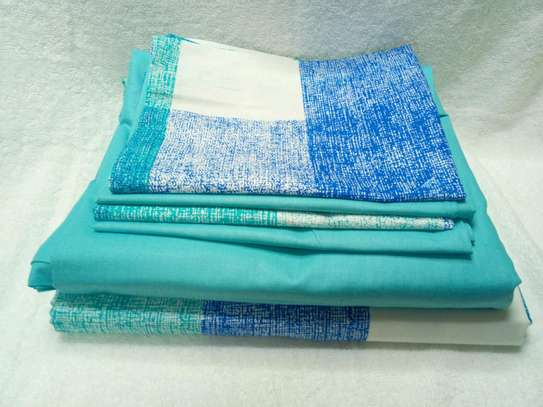 7  by 8 Boll & Branch Genuine Bedsheets with 1 Flat Sheet, 1 Fitted Sheet, and 4 Pillowcases image 4