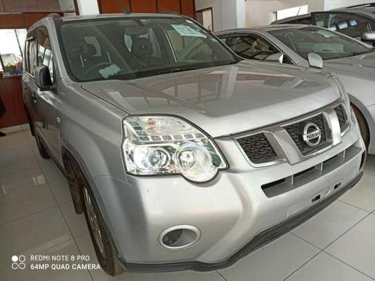 Nissan X-Trail Automatic image 1