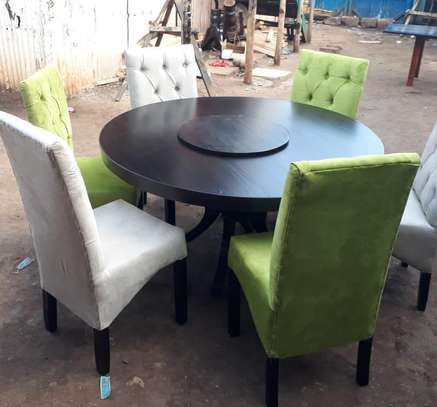 Dining Table,Six Sitter image 1