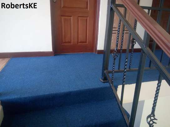 Durable wall to wall carpet image 2
