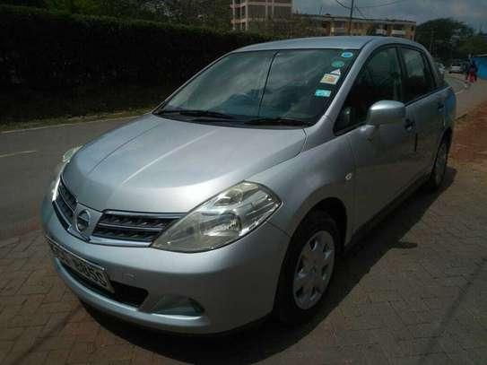 Nissan Tiida Latio image 1